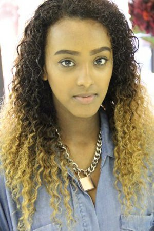 ombre-curly-weave-by-afrotherapy-salon