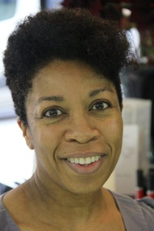 short-naturally-curly-hair-cut-by-afrotherapy-salon-michelle